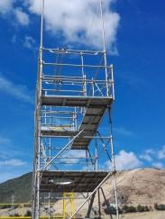 Andamiaje para su proyecto en alturas y contra caídas en obras de construcción, industria y varios